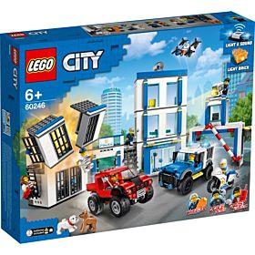 Lego Politistasjon 60246
