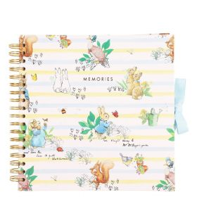 Scrapbook Peter Rabbit M