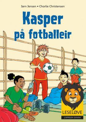 Kasper på fotballeir